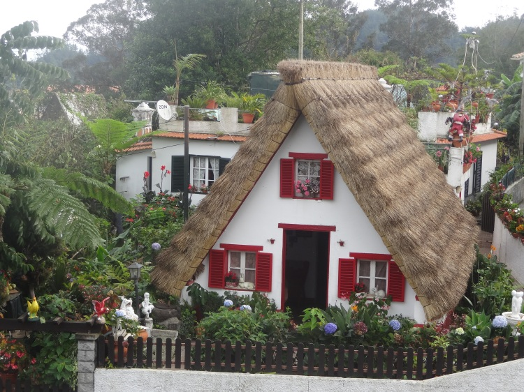 L'architecture traditionnelle de Santana.