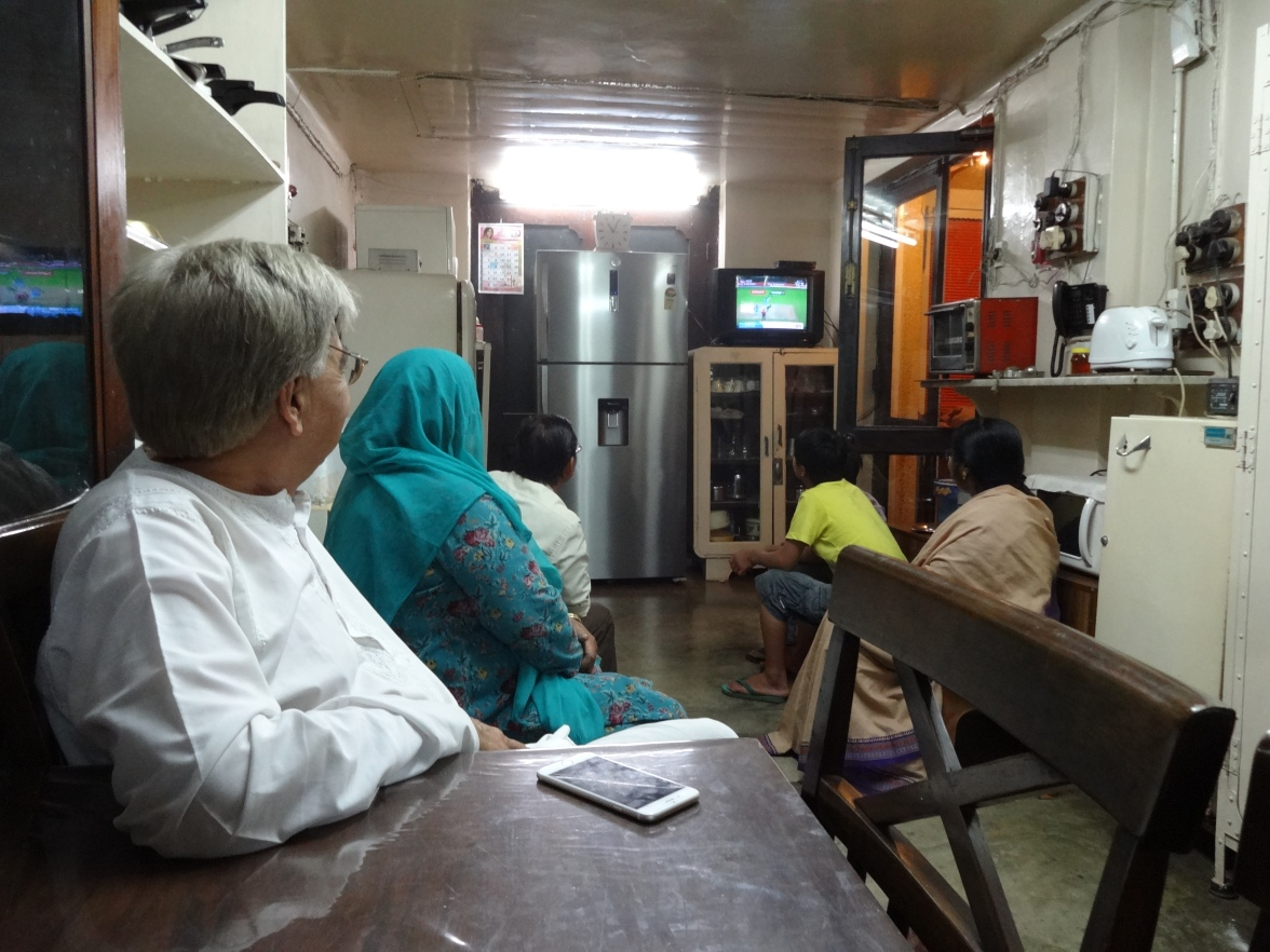 Chez Thap's, Inde - Pakistan, un match de cricket important...