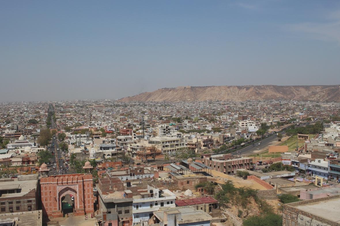 Vue sur Jaipur depuis le temple des singes.